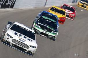 Keselowski pulls off the win in Vegas