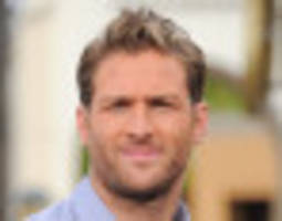 Juan Pablo Galavis Heads To Las Vegas Wedding Chapel, Finds Matrimony Hilariously Terrifying