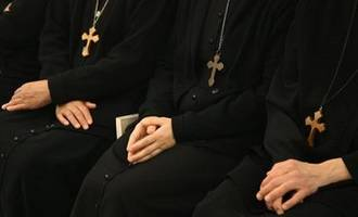 nuns held in syria since december go free